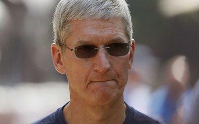 Apple giảm doanh thu khiến CEO Tim Cook bị cắt thưởng - ảnh 1