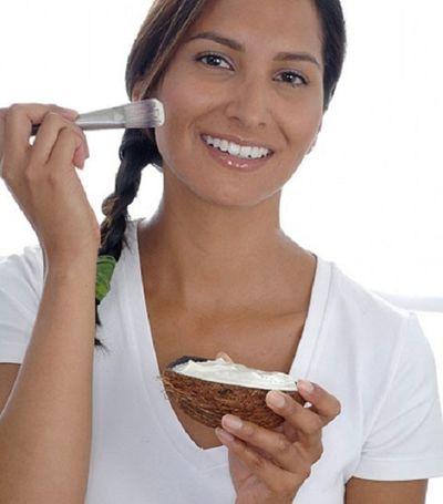 Làm đẹp da sau sinh với dầu dừa hiệu quả, tiết kiệm - ảnh 1