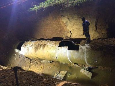 Đường ống nước sạch sông Đà gặp sự cố lần thứ 21 - ảnh 1