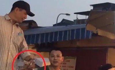 """Nghi vấn bảo kê tại chợ Long Biên: Khởi tố vụ án """"Cưỡng đoạt tài sản"""" - ảnh 1"""