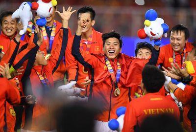Chủ tịch Quốc hội gửi thư chúc mừng U22 Việt Nam - ảnh 1