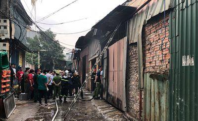Hiện trường kinh hoàng vụ cháy nhà xưởng 8 người chết và mất tích ở Hà Nội - ảnh 1