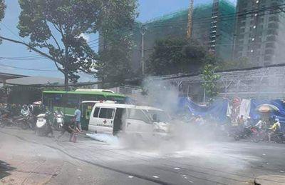 """Tin tức thời sự 24h mới nhất ngày 14/4/2019: CSGT bắt giữ xe 29 chỗ """"nhồi nhét"""" 64 khách từ Hà Nội về Ninh Bình - ảnh 1"""