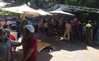 Vụ xe Lexus đâm đoàn đưa tang ở Quy Nhơn: Tài xế dọa tông chết người trước khi gây tai nạn? - ảnh 1