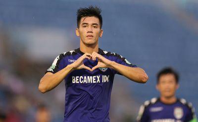 Ngoài Quang Hải, những cầu thủ Việt Nam sáng giá nào được người hâm mộ kỳ vọng tỏa sáng năm 2020? - ảnh 1