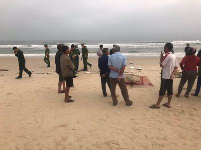 Đi tập thể dục, tá hỏa phát hiện thi thể bên bờ biển - ảnh 1