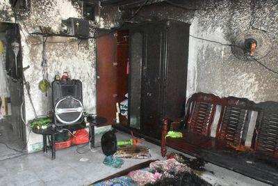 Vụ phóng hỏa đốt phòng trọ khiến 2 mẹ con người tình bỏng nặng: Rùng mình lời khai của nghi phạm - ảnh 1
