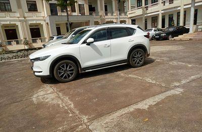 Phát hiện gần 1 tỷ đồng trong chiếc Mazda CX5 vô chủ tại Hải Dương - ảnh 1