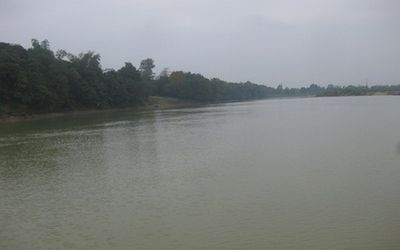 Ra sông Lam tắm, bé trai lớp 4 tử vong thương tâm - ảnh 1