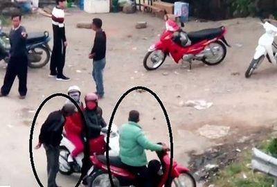 Bắt nhóm cưỡng đoạt tiền của người đi đường tại nút giao Pháp Vân - Cầu Giẽ - ảnh 1