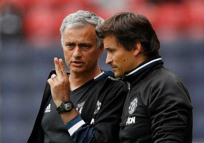"""""""Cánh tay phải"""" của HLV Mourinho có tên trong danh sách thay thế Wenger - ảnh 1"""