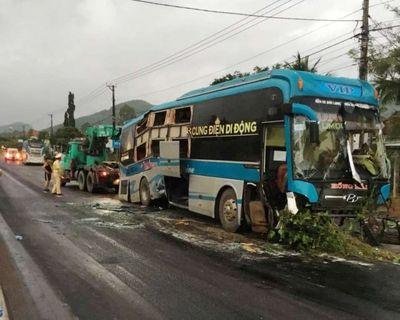 Ám ảnh lời kể của nạn nhân vụ 2 xe khách tông nhau, 14 người thương vong - ảnh 1