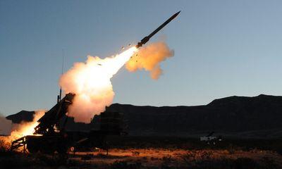 """Tàu đổ bộ, tên lửa Patriot Mỹ """"rầm rập"""" đến Trung Đông để """"dằn mặt"""" Iran - ảnh 1"""