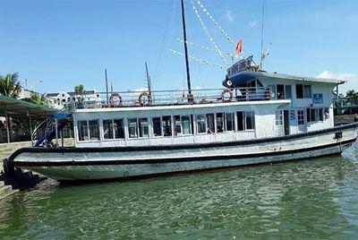 Xác minh vụ thuyền viên quay lén khách du lịch đang tắm tráng trên tàu ở Hạ Long - ảnh 1