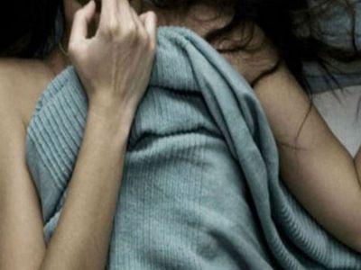 """Khởi tố """"yêu râu xanh"""" 18 tuổi hiếp dâm bé gái ở nhà một mình - ảnh 1"""