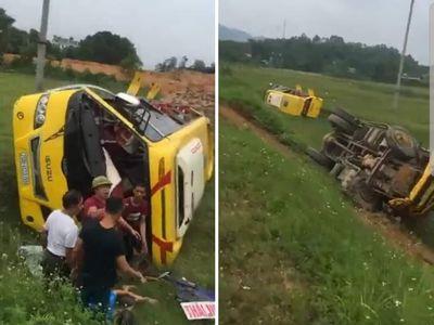 Tin tai nạn giao thông mới nhất ngày 19/6/2020: Lộ nguyên nhân vụ container đè bẹp limousine, 3 người chết - ảnh 1