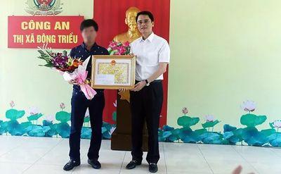 Khen thưởng tài xế điều khiển xe ôtô tông ngã tên cướp tiệm vàng có súng ở Quảng Ninh - ảnh 1