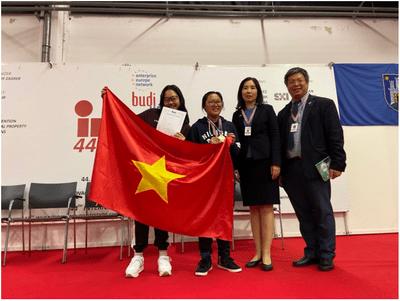 Học sinh Việt Nam xuất sắc giành Huy chương Vàng tại cuộc thi phát minh sáng chế quốc tế  - ảnh 1