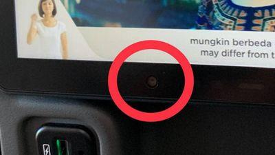 """Máy bay của Singapore Airlines bị """"tố"""" có camera ở lưng ghế - ảnh 1"""