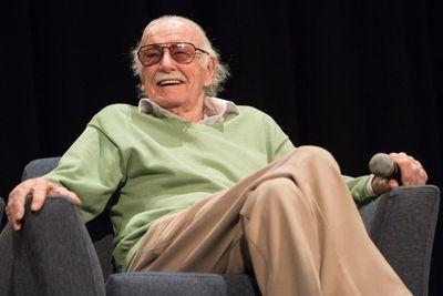 """Sự nghiệp đồ sộ và khối tài sản khổng lồ của """"ông trùm"""" truyện tranh Stan Lee  - ảnh 1"""