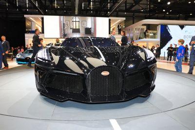 Bị đồn đoán là chủ nhân của siêu xe Bugatti 19 triệu USD, Cristiano Ronaldo nói gì? - ảnh 1