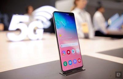 Tin tức công nghệ mới nóng nhất trong ngày hôm nay 17/5/2019: Galaxy S10 5G chính thức xuất hiện tại Mỹ  - ảnh 1