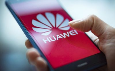 Hai công ty Nhật đồng loạt tuyên bố ngừng cung cấp link kiện cho Huawei - ảnh 1