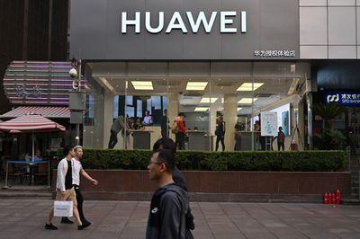 Huawei kiện chính quyền Mỹ vì thu giữ thiết bị của hãng để điều tra - ảnh 1