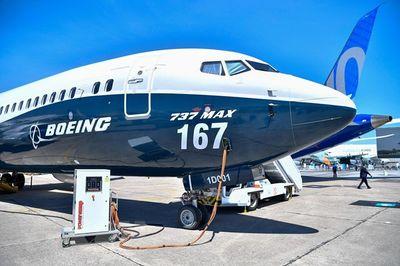 Boeing lao đao trước nguy cơ mất ngôi hãng sản xuất máy bay lớn nhất thế giới - ảnh 1
