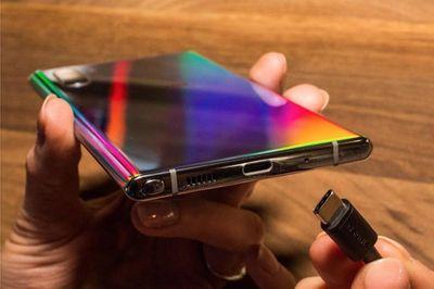 Tin tức công nghệ mới nóng nhất trong ngày 11/8: Galaxy Note 10 chính thức bị loại bỏ jack âm thanh  - ảnh 1