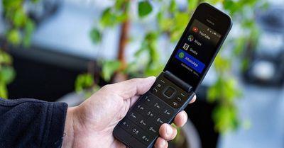 Tin tức công nghệ mới nóng nhất hôm nay 12/9: Nokia nắp gập vừa ra mắt thị trường Việt giá chỉ 1,99 triệu đồng - ảnh 1