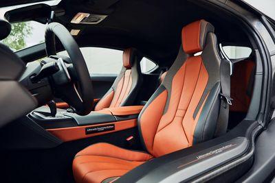 Cận cảnh hai phiên bản đặc biệt vừa ra mắt của BMW dành cho giới chơi xe điệu nghệ - ảnh 1