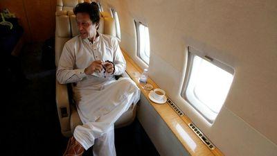 Máy bay chở Thủ tướng Pakistan gặp sự cố, phải quay đầu khẩn cấp - ảnh 1