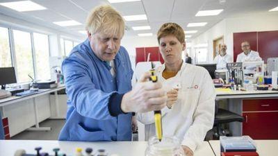 Nước Anh chấn động vì phát hiện lô kit xét nghiệm Covid-19 do chính phủ đặt hàng có chứa SARS-CoV-2 - ảnh 1