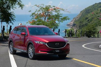 Chiêm ngưỡng Mazda CX-8 bản đắt nhất 1,6 tỷ đồng - ảnh 1