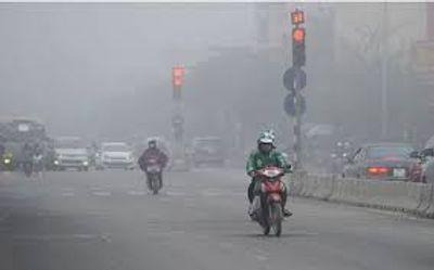 Trời Hà Nội mù mịt, ô nhiễm không khí lại tái diễn khắp miền Bắc - ảnh 1