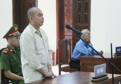 Bắc Giang: Hoãn xét xử kì án con trai giết mẹ vì 1,5 chỉ vàng - ảnh 1