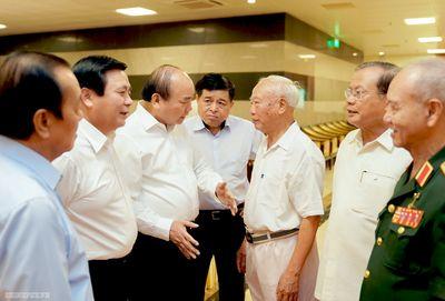 Thủ tướng nghe các nguyên lãnh đạo góp ý về Chiến lược KTXH - ảnh 1