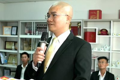 """Chân dung """"ông trùm"""" địa ốc Alibaba Nguyễn Thái Luyện - ảnh 1"""