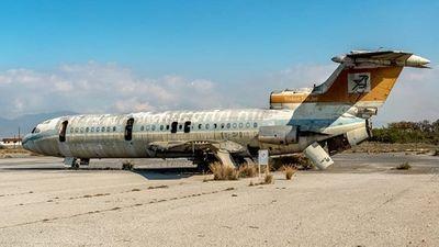 Khám phá 'sân bay ma' bị bỏ hoang suốt 44 năm ở Síp - ảnh 1