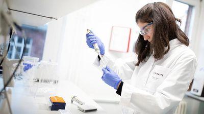 Tìm thấy nguồn gốc virus gây bệnh viêm phổi lạ - ảnh 1