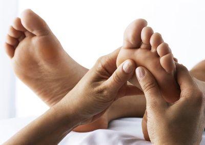 Bỏ ra 2 phút tự kiểm tra sức khỏe có thể cứu sống chính bạn - ảnh 1