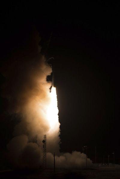 Mỹ phóng thử tên lửa đạn đạo liên lục địa - ảnh 1