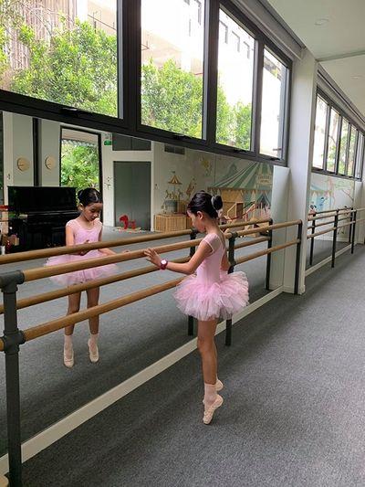 Ngắm 2 công chúa siêu dễ thương nhà Hồ Hoài Anh - Lưu Hương Giang - ảnh 1