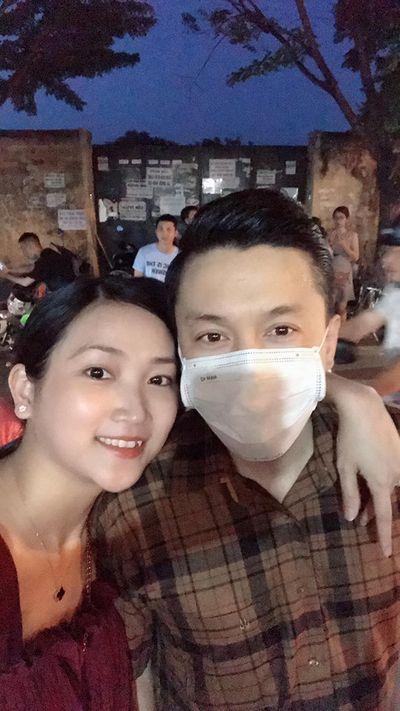 Lam Trường khoe ảnh đi du lịch Hội An cùng bà xã sau tin đồn hôn nhân rạn nứt - ảnh 1