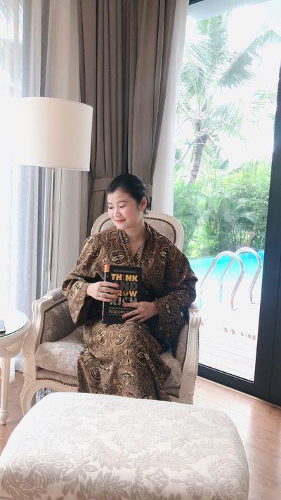 Doanh nhân Nguyễn Mai: Hành trình từ cô giáo dạy tiếng Anh đến chuyên gia ngành dược phẩm Việt Nam - ảnh 1