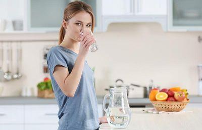 Tin được không - Uống nước đúng cách giúp giảm cân hiệu quả - ảnh 1