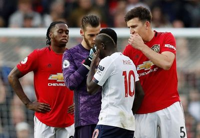Vì sao dù gây nhiều tranh cãi nhưng bàn thắng của Rashford vào lưới Liverpool không bị VAR từ chối? - ảnh 1