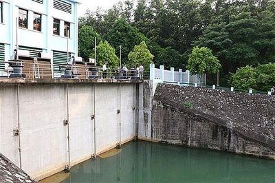 Nước sạch sông Đà có đảm bảo như Hà Nội đã thông báo? - ảnh 1