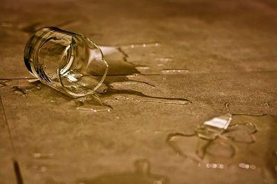 6 món đồ bạn nên vứt đi ngay, giữ lại trong nhà sẽ gặp họa lúc nào không hay - ảnh 1